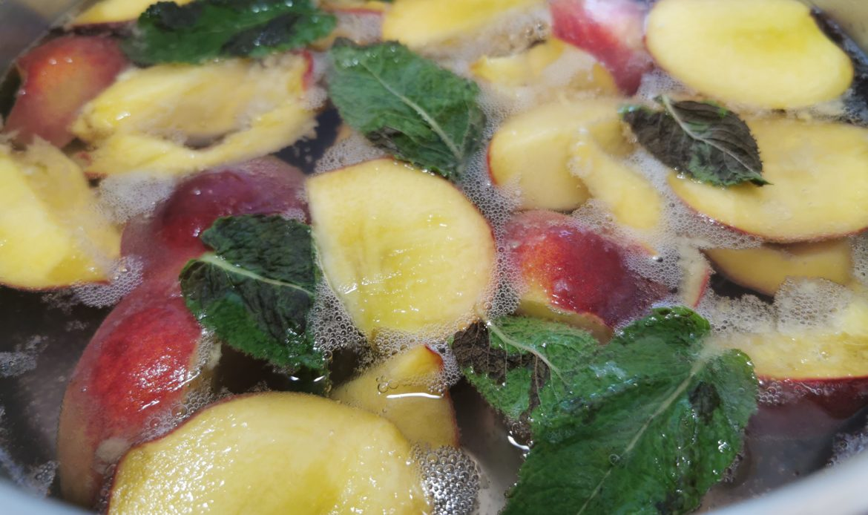 Pfirsiche kochen